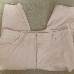 d.Jeans  Light Pink Capri's - Get ready for Spring